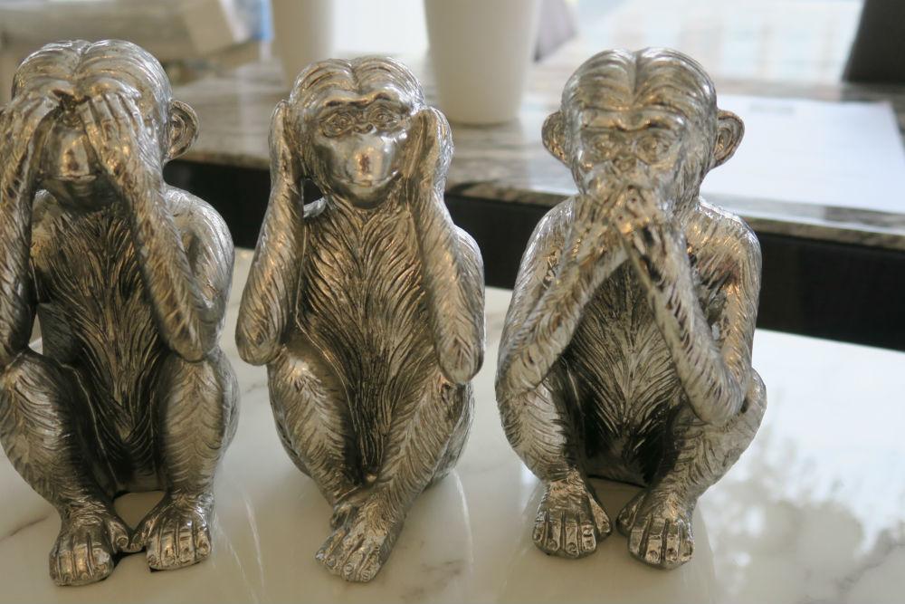 3 Wise Monkeys Figurines in silver