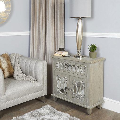 Bayside-Mirrored-Hampton-Style-2-Door-1-Drawer-Cabinet-Sideboard