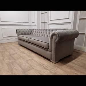 Washington Chesterfield 2 Seater Sofa